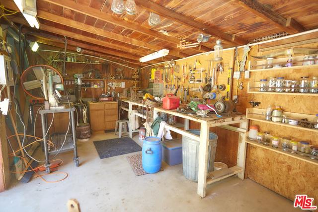 32462 Clark Rd, Lucerne Valley, CA 92356 Photo 28