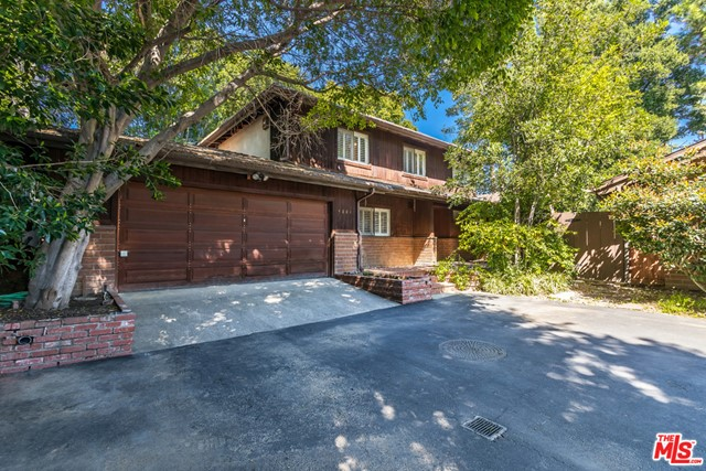 4801 GLORIA Avenue, Encino, CA 91436