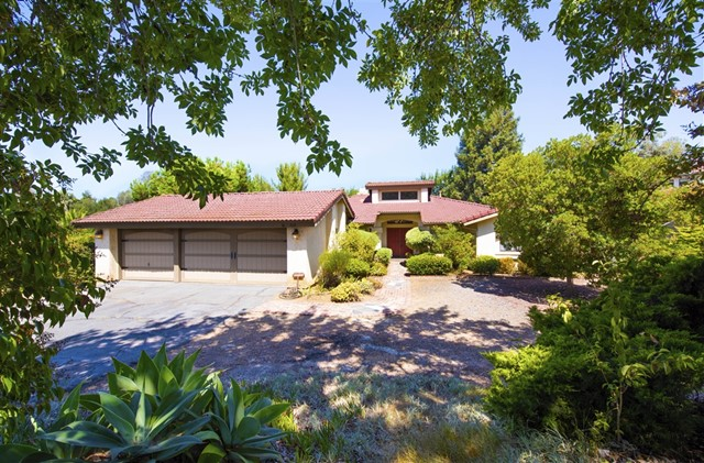516 Eldorado(off), Escondido, CA 92025
