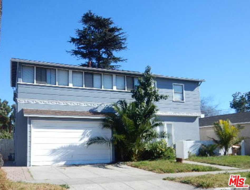 Photo of 4119 Charlene Drive, Los Angeles, CA 90043