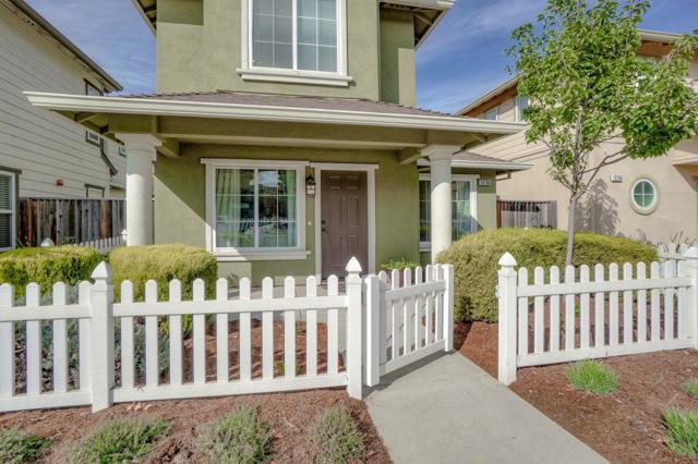 12766 Rogge Village Loop, Salinas, CA 93906