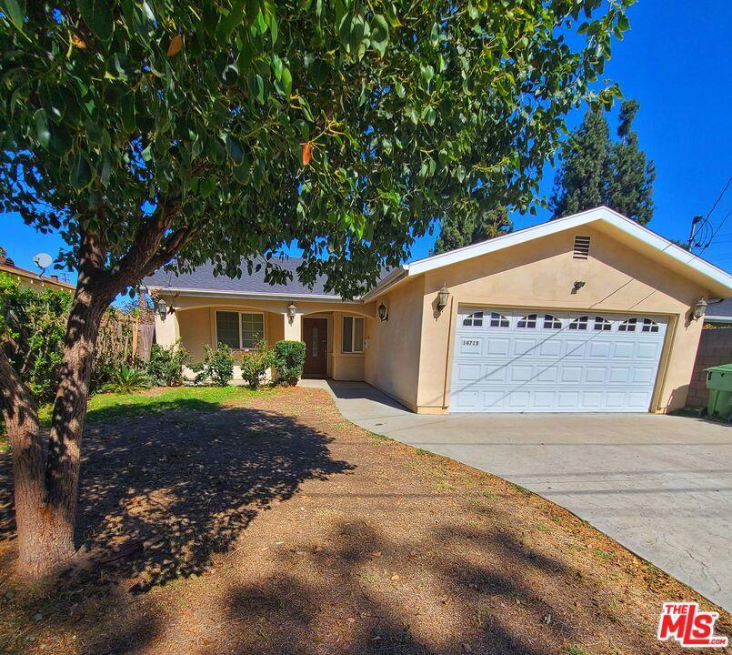 14715     Archwood Street, Van Nuys CA 91405