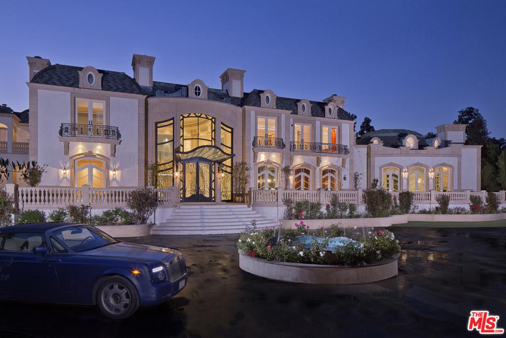 Photo of 901 N Alpine Drive, Beverly Hills, CA 90210