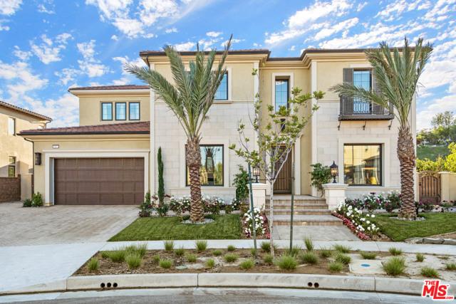 Photo of 10971 Cartwright Drive, Chatsworth, CA 91311