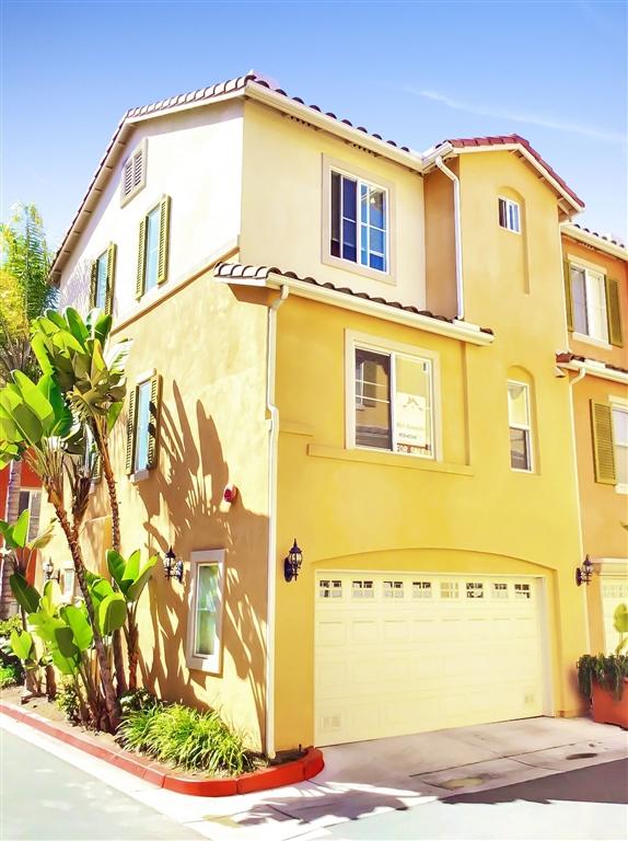 7627 Family Cir, San Diego, CA 92111
