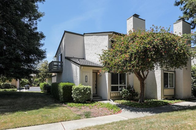 1060 Queensbrook Drive, San Jose, CA 95129