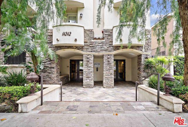 14242 Burbank Boulevard 205, Sherman Oaks, CA 91401