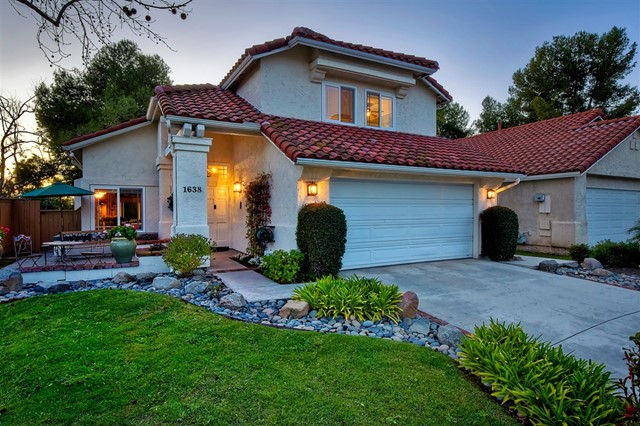 1638 Harbor Dr, Vista, CA 92081