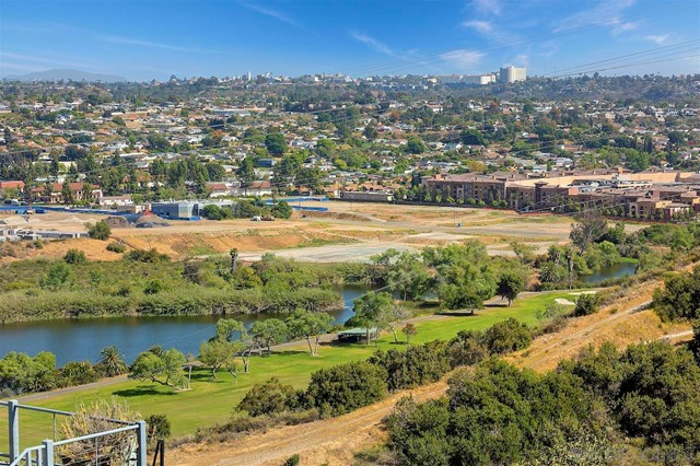 25. 10260 Viacha Drive San Diego, CA 92124