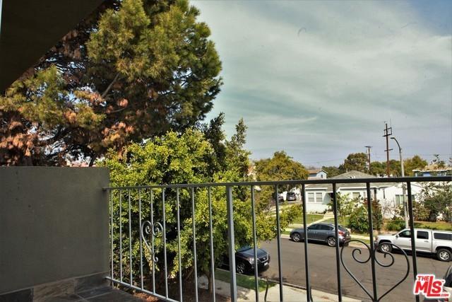 1646 FRANKLIN Street, Santa Monica, CA 90404