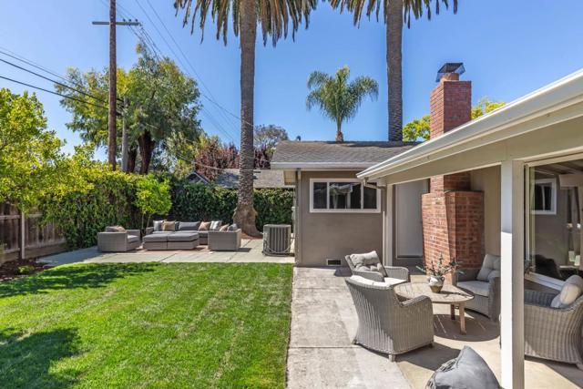 21. 1035 Rose Circle Los Altos, CA 94024