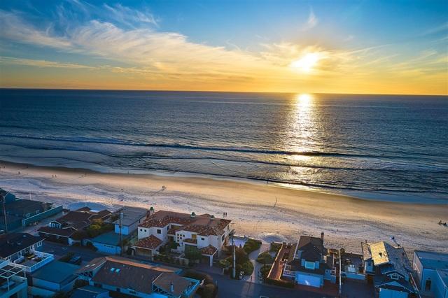 2318 Ocean Front, Del Mar, CA 92014
