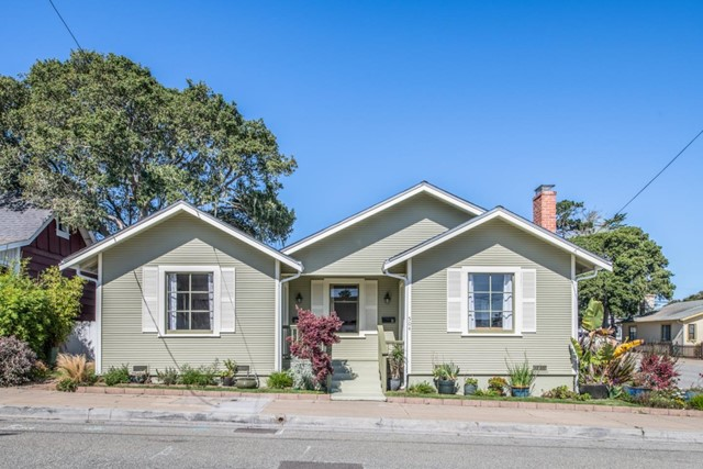504 19th Street, Pacific Grove, CA 93950
