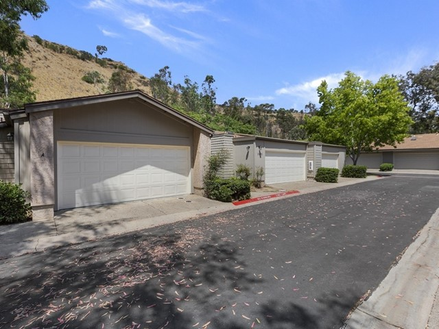 5605 Adobe Falls Road B, San Diego, CA 92120