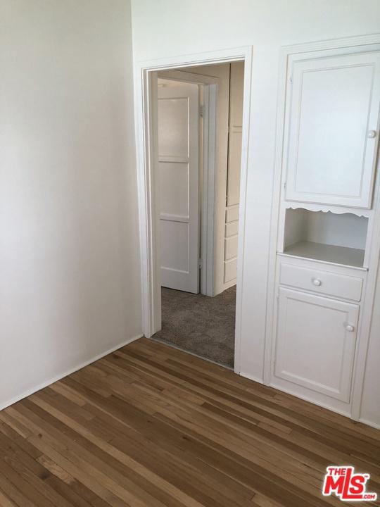 714 PACIFIC COAST Highway D, Redondo Beach, California 90277, 2 Bedrooms Bedrooms, ,1 BathroomBathrooms,For Rent,PACIFIC COAST,21697284
