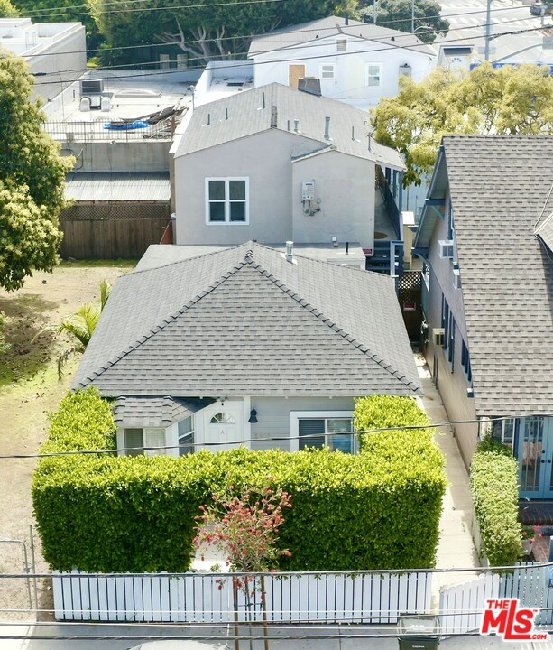 SEE OM IN DOCS SECTION OF LISITNG.  2618 2nd Street is a turnkey three-unit complex comprised of two buildings: A 910-square foot freestanding bungalow constructed in 1907 and a 1,456-square foot two-unit building constructed in 1928.  All the units are large 2bed+2bath units. Both buildings are walk-up buildings situated on a 2,502-square-foot lot. Each unit has its own private entrance. All of the units have been meticulously upgraded with upscale finishes and appliances. Each unit is equipped with a tankless hot water heater, dishwasher, and stackable washers and dryers. An investor will enjoy significant cashflow from day one. The location and unit types will allow an investor to increase rents as units become vacant. Parking is provided on street with permits. Each of the units are separately metered for gas and electricity. The plumbing has been updated to all-copper plumbing.