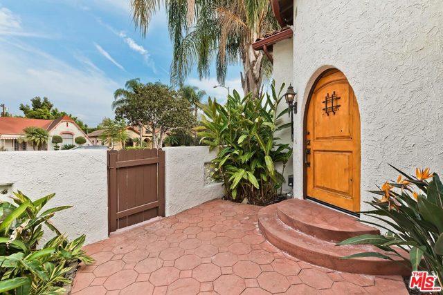 Image 4 of 361 N Laurel Ave, Los Angeles, CA 90048
