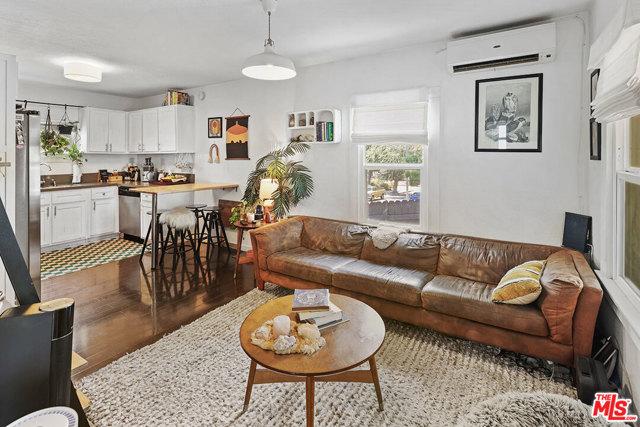Living - Open floor plan