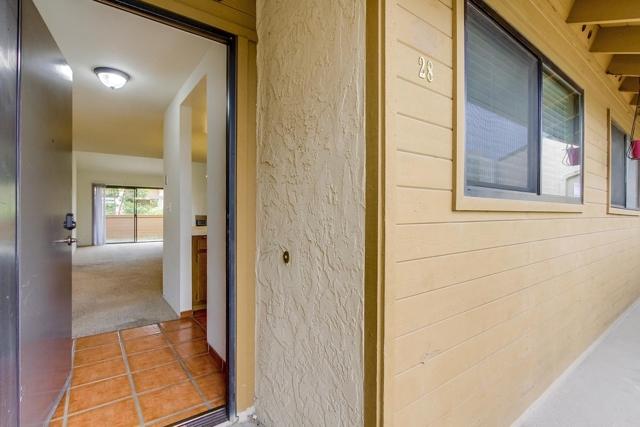 7740 Saranac Pl 28, La Mesa, CA 91942