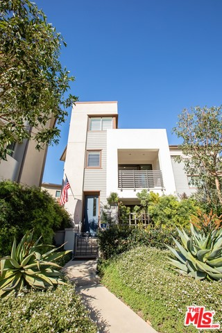 12808 S SEAGLASS Circle, Playa Vista, CA 90094
