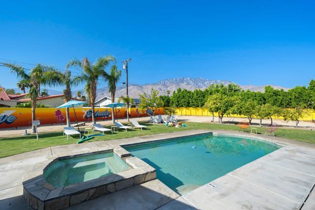 2099 E Racquet Club Rd, Palm Springs, CA 92262