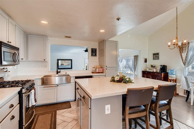 9473 Date St, Spring Valley, CA 91977