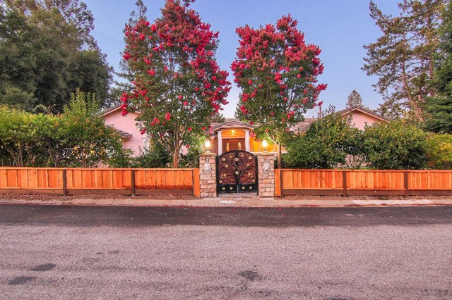 20821 Canyon View Drive, Saratoga, CA 95070