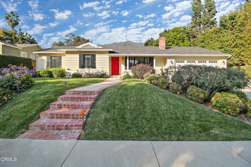 Photo of 509 W Laurel Avenue, Sierra Madre, CA 91024