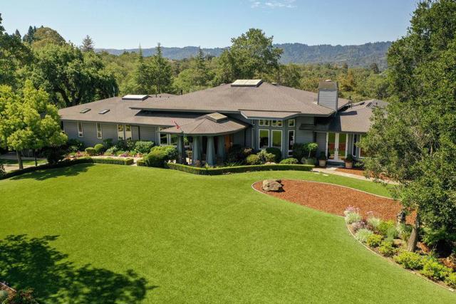 637 Westridge Drive, Portola Valley, CA 94028