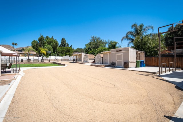 10631 Foothill Bl, Lakeview Terrace, CA 91342 Photo 47