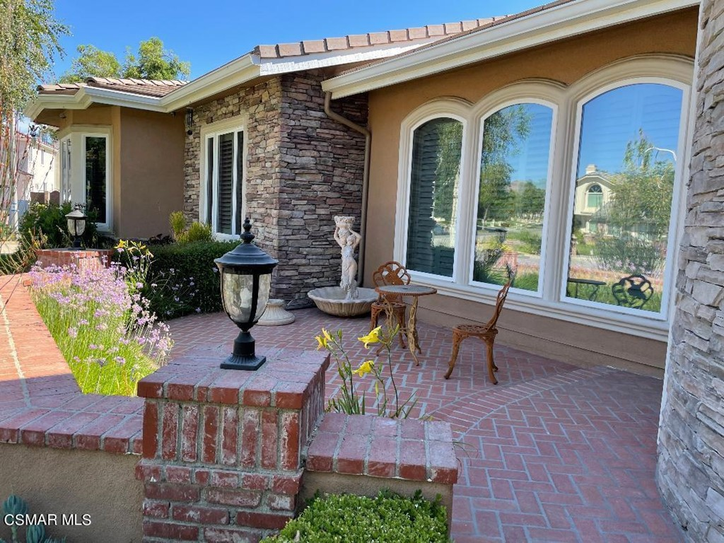 Photo of 586 Valley Gate Road, Simi Valley, CA 93065