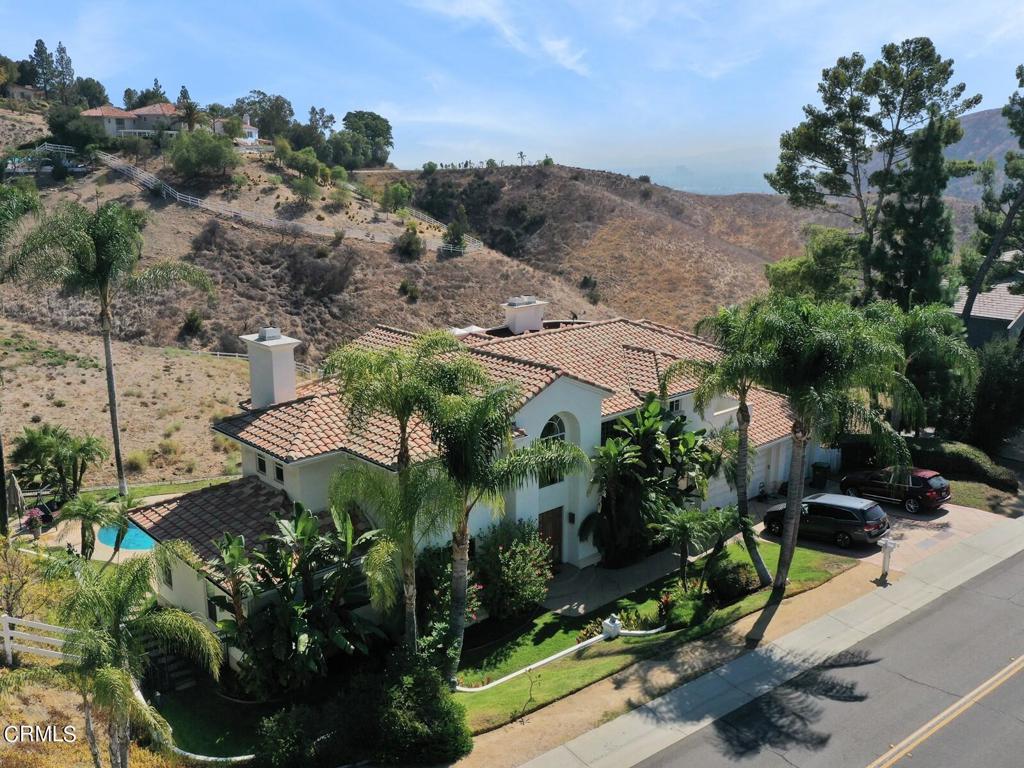 70     Dapplegray Road, Bell Canyon CA 91307