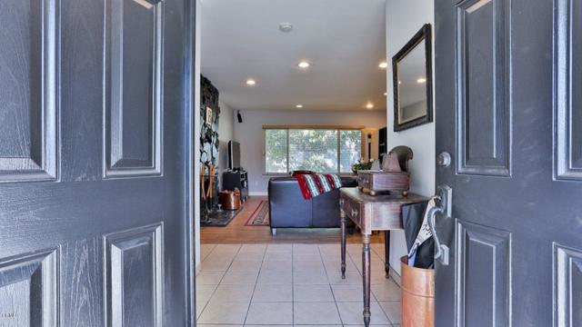 11427 Jeff Av, Lakeview Terrace, CA 91342 Photo 2