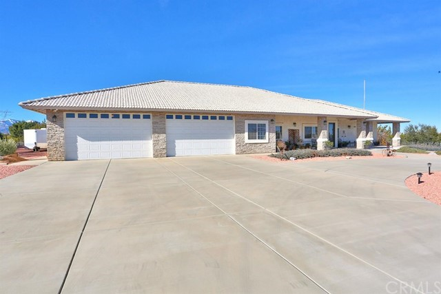 6926 Cataba Road, Oak Hills, CA 92344