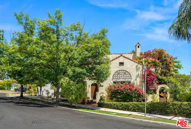 2. 5198 Ellenwood Drive Los Angeles, CA 90041