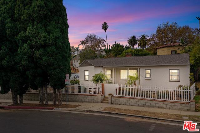 10327 LAURISTON Avenue, Los Angeles, CA 90025