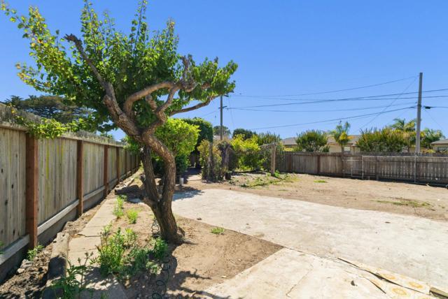 32. 929 Bay Street Santa Cruz, CA 95060