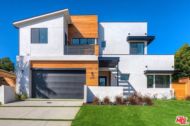3583 Inglewood Boulevard, Los Angeles, CA 90066