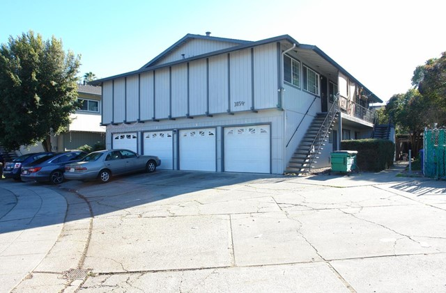 3854 Barker Drive, San Jose, CA 95117