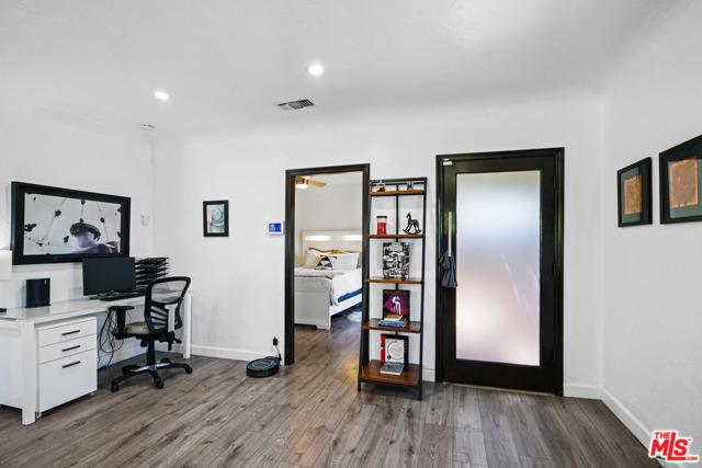 4. 750 N Curson Avenue Los Angeles, CA 90046
