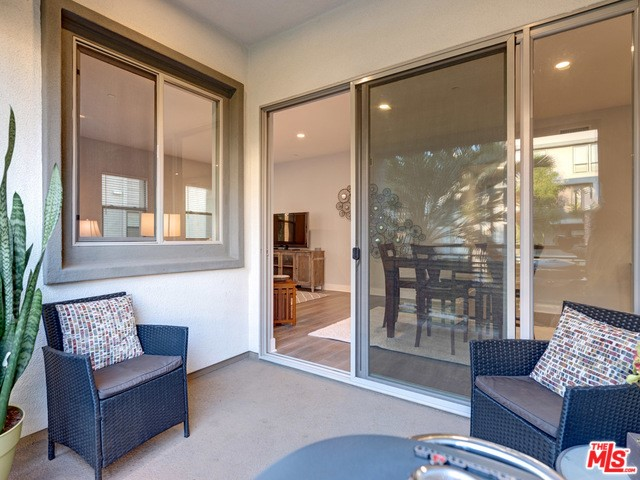 5848 Suncatcher Pl, Playa Vista, CA 90094 Photo 9