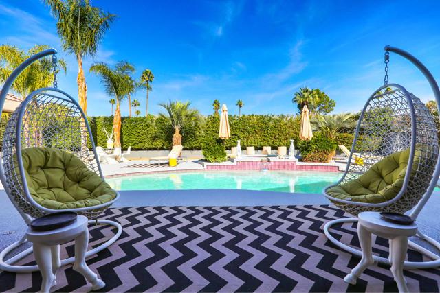 690 Sierra Way, Palm Springs, CA 92264