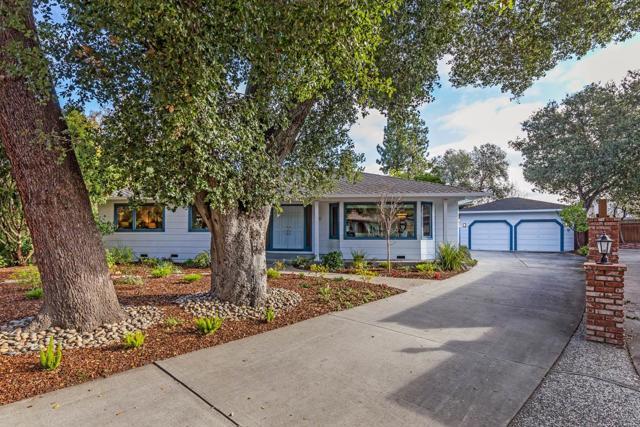 920 Damian Way, Los Altos, CA 94024