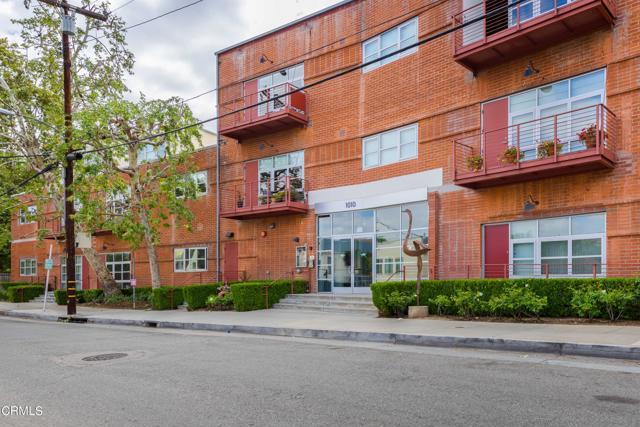 2. 1010 Sycamore Avenue #207 South Pasadena, CA 91030