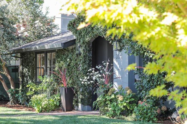 3121 South Court, Palo Alto, CA 94306