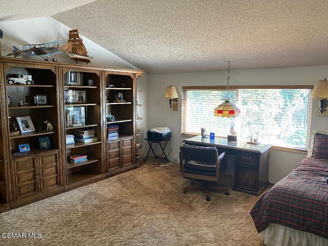 29. 469 Arcturus Street Thousand Oaks, CA 91360