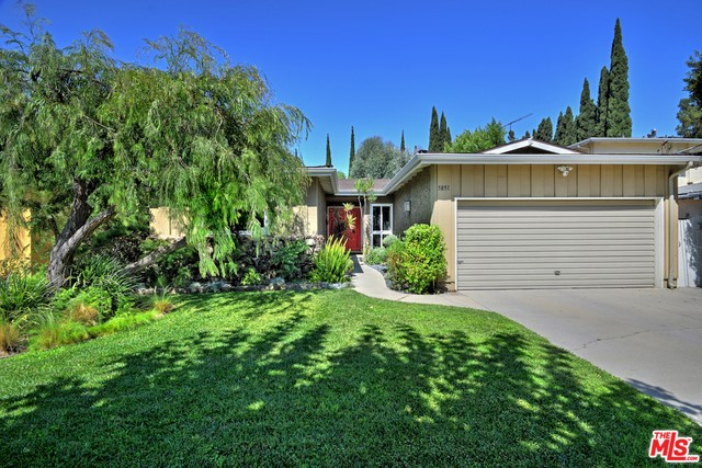 5851 WILKINSON Avenue, Valley Glen, CA 91607