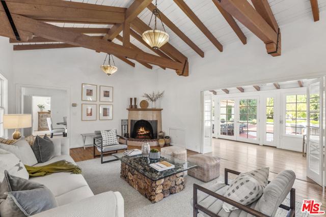 5. 2700 S Oak Knoll Avenue San Marino, CA 91108