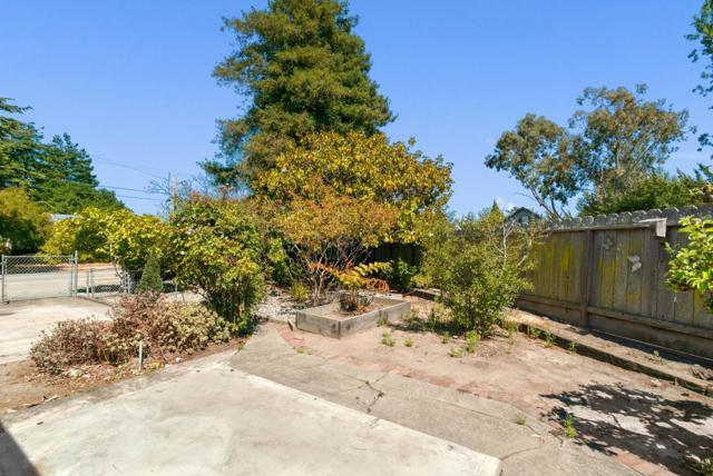 29. 929 Bay Street Santa Cruz, CA 95060