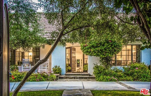 15135 SUTTON Street, Sherman Oaks, CA 91403